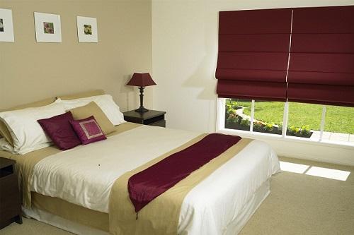 Cách chọn rèm cửa sổ đẹp cho phòng ngủ căn hộ chung cư